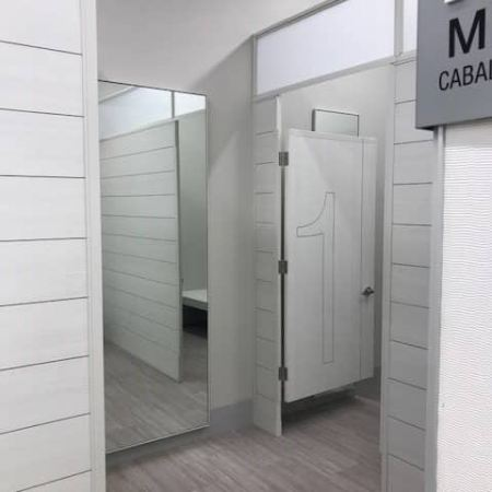 Fitting_Rooms_2-I8LIUsgs